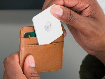 2x Tile Mate & Slim Bluetooth Tracker