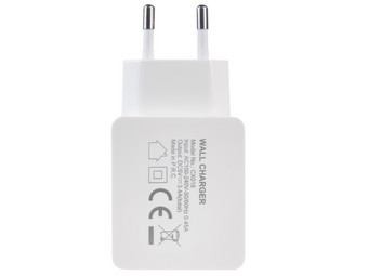 AC Adapter (1x USB en 1x USB-C)