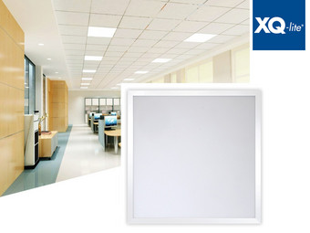 XQ-lite LED-Panel 62 x 62 x 1 cm | 45 W| 4.000 K | 3.750 lm