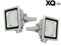 2x XQ-lite LED-Floodlight met PIR-sensor
