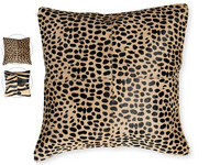 The Pearsons Home Pillow | Vierkant
