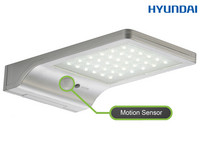 Hyundai LED Solar Floodlight